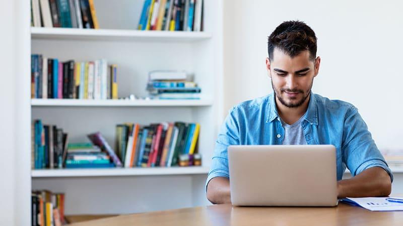 3 razones importantes por las que debes evitar una página web gratuita